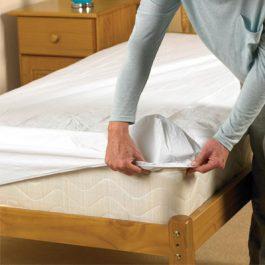 Homecraft waterproof mattress protector