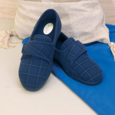 Mens Extra Wide Slippers